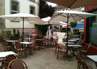 Restaurant shéhérazade à Epinal, couscous, tajines, cassoulets tunisiens, spécialité tunisiennes, spécialités orientales, terrasse