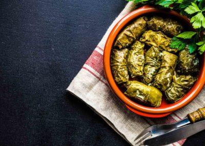 Feuilles de vigne farcie - Restaurant shéhérazade à Epinal, couscous, tajines, cassoulets tunisiens, spécialité tunisiennes, spécialités orientales, terrasse